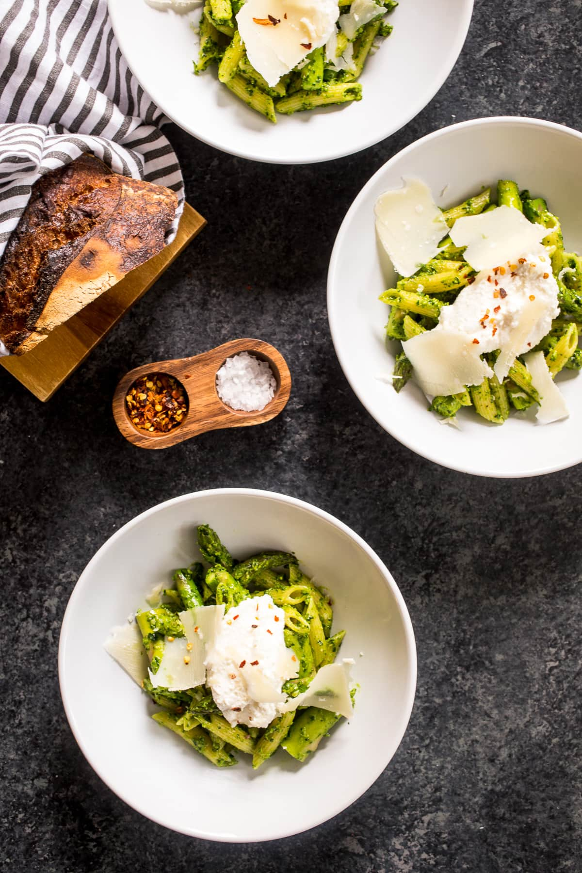 Pasta with Asparagus and Ramp Pesto