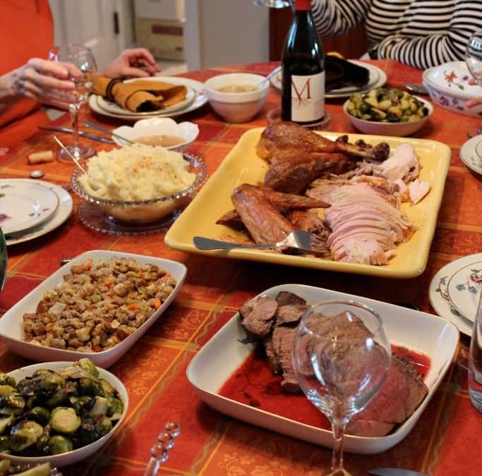 Thanksgiving Dinner: A Photographic Narrative