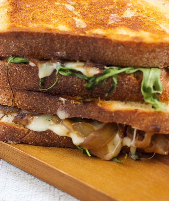 Caramelized Onion, Mushroom and Arugula Grilled Cheese #SundaySupper