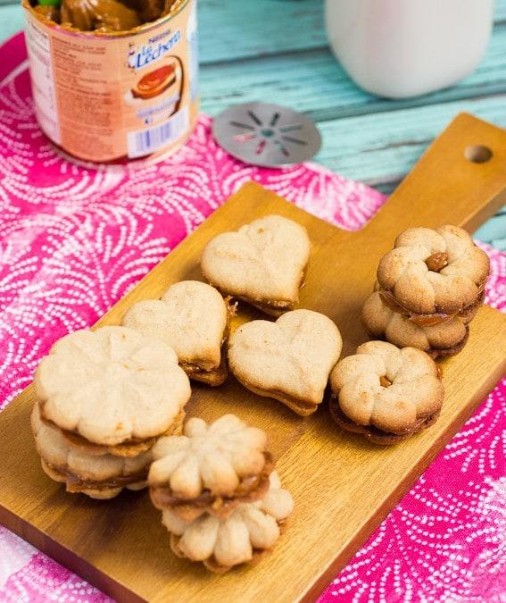Cinnamon Dulce de Leche Spritz Sandwich Cookies #OXOGoodCookies #Leftoversclub