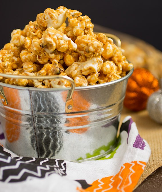 Peanut Butter White Chocolate Popcorn