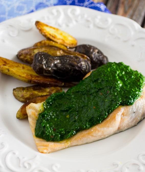 Salmon with Kale Chimichurri #WeekdaySupper