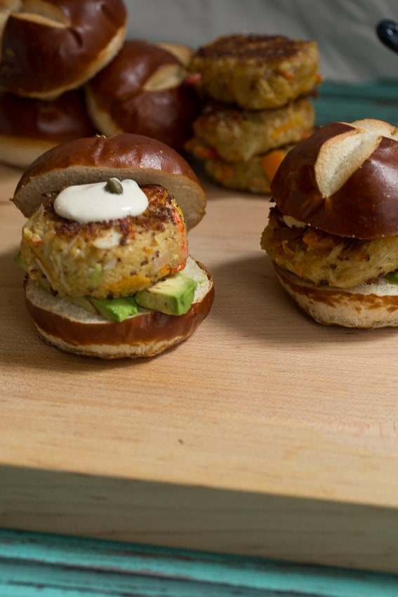 Avocado Crab Cake Sliders | girlinthelittleredkitchen.com