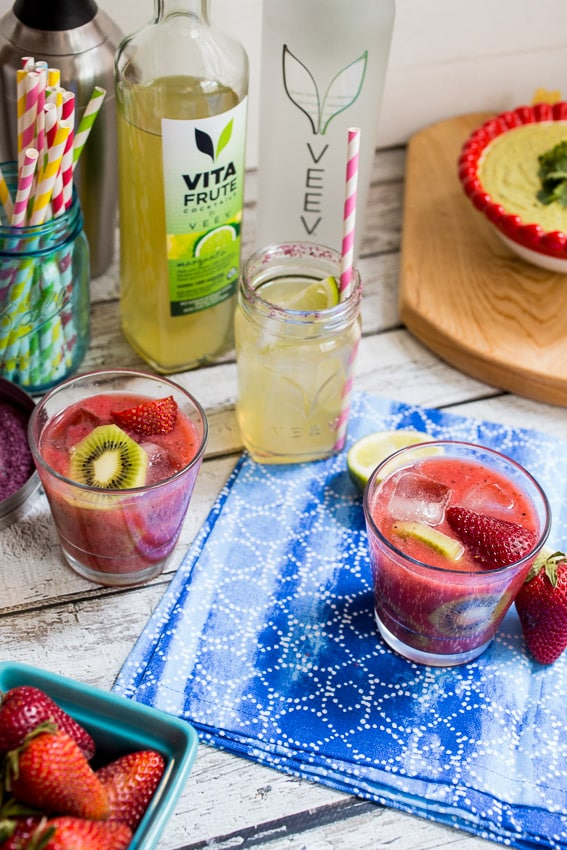 Strawberry Kiwi Margarita | girlinthelittleredkitchen.com