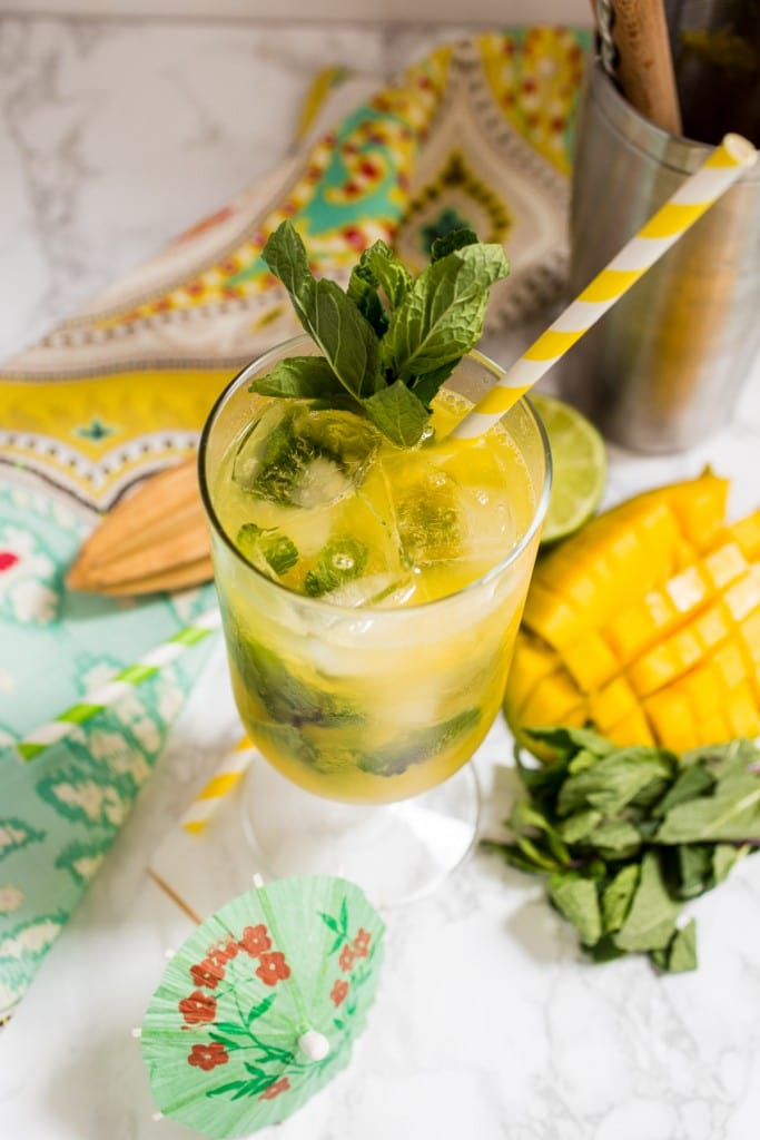 Mango Mojito | girlinthelittleredkitchen.com