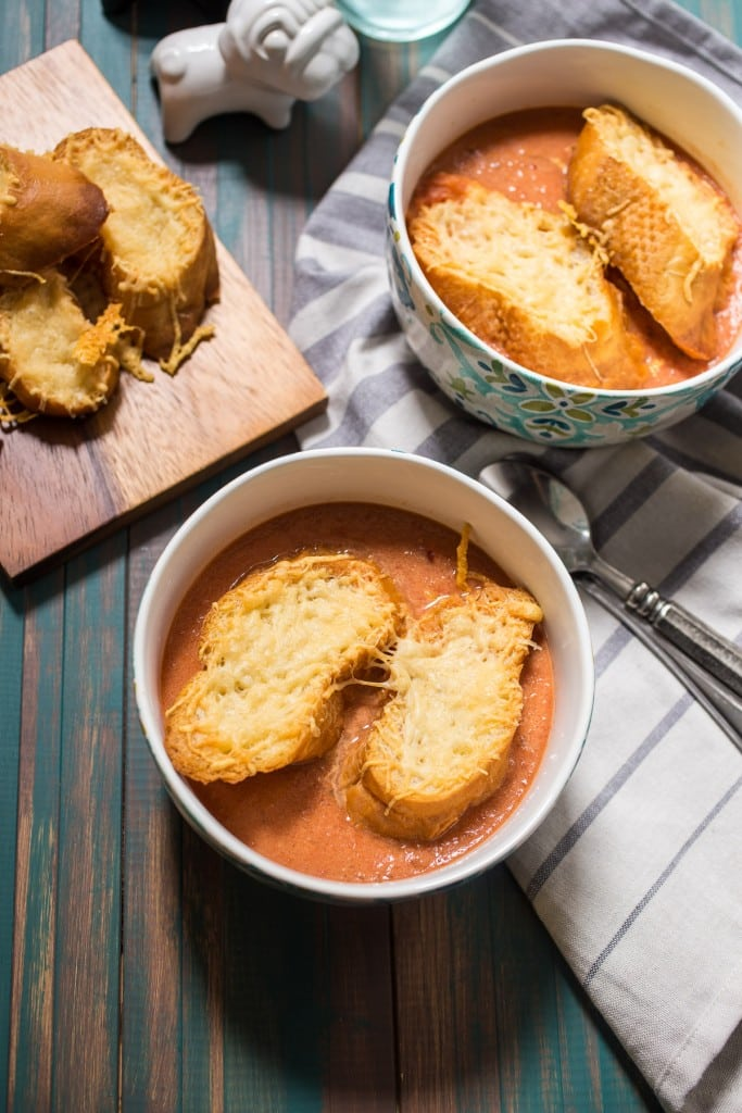 Tomato Soup au Gratin | girlinthelittleredkitchen.com