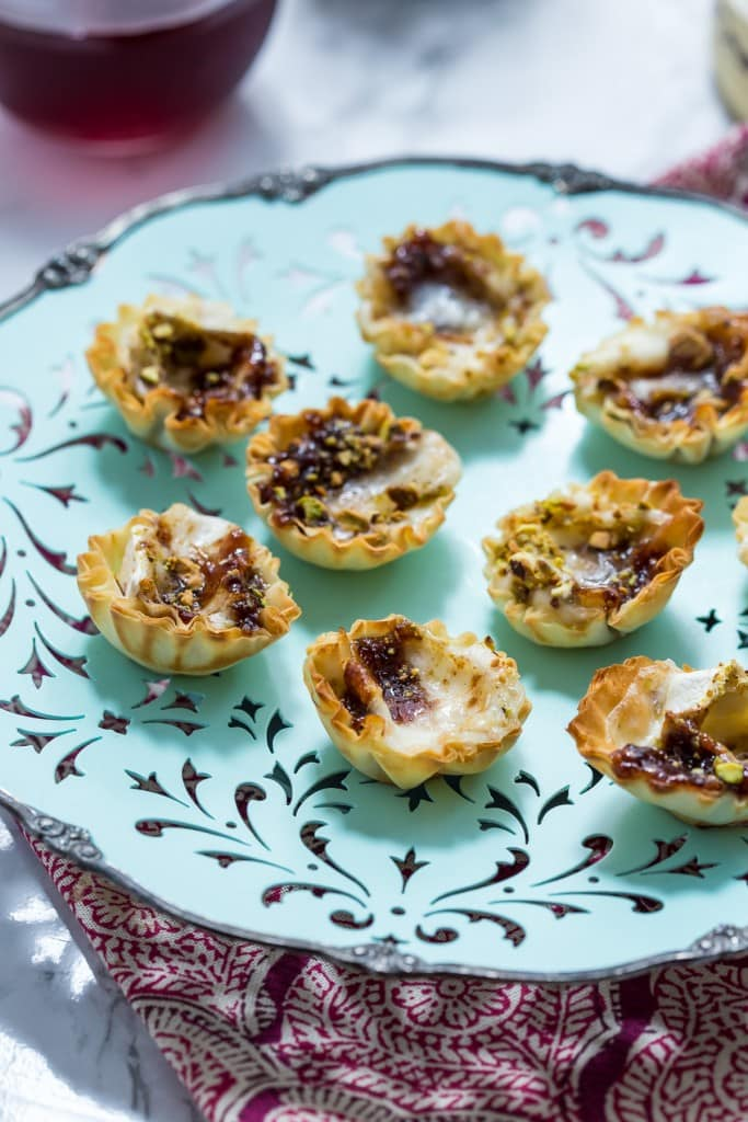 Brie Fig and Pistachio Bites | girlinthelittleredkitchen.com