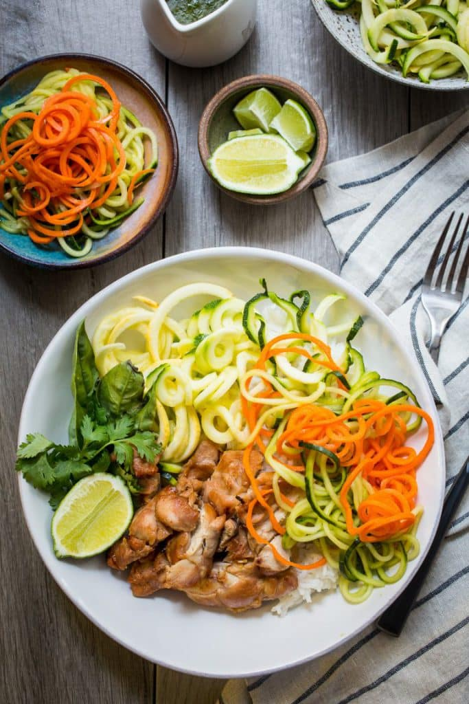Chicken Banh Mi Vegetable and Rice Bowl | girlinthelittleredkitchen.com