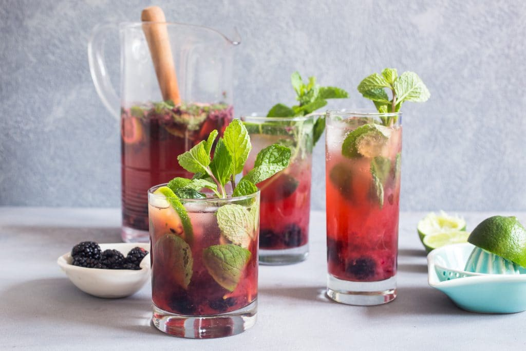 Blackberry Mojito Sangria | girlinthelittleredkitchen.com