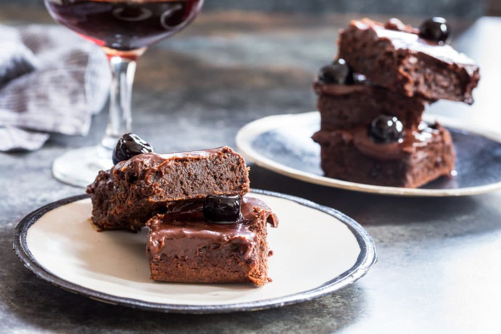Manhattan Cocktail Brownies | girlinthelittleredkitchen.com