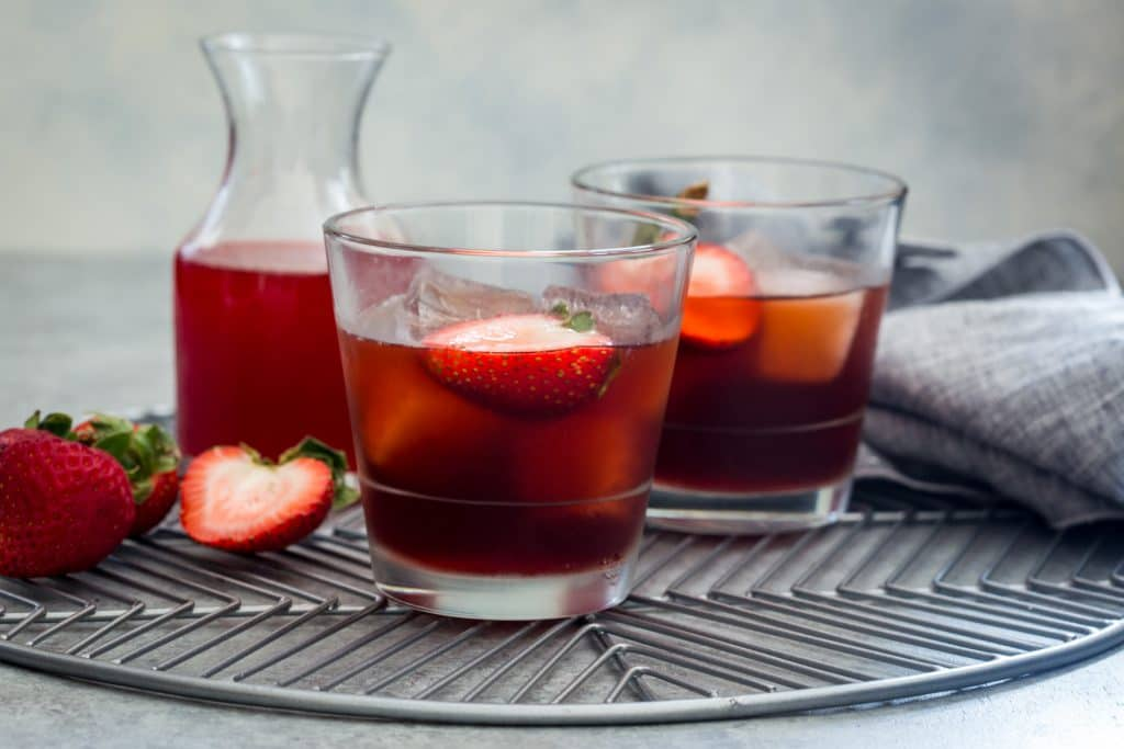 Strawberry Negroni | girlinthelittleredkitchen.com