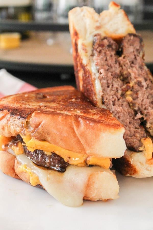 Frisco Melt Burgers | Chef Next Door