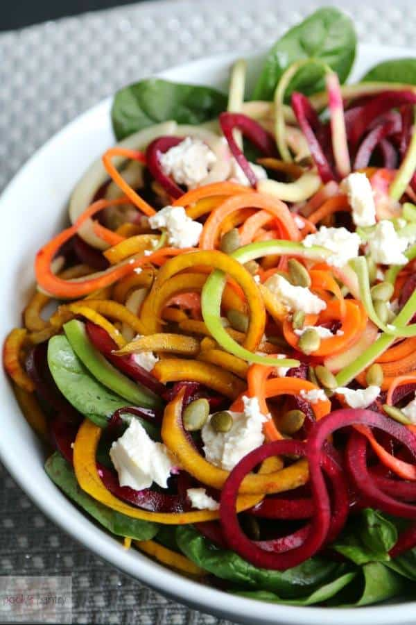 Spiralized Beet, Carrot and Apple Spinach Salad | Pook's Pantry