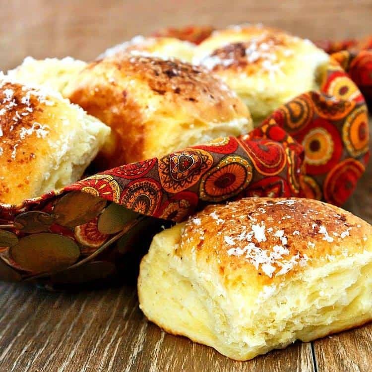 Parmesan-Garlic Potato Pull-Apart Rolls | Pastry Chef Online