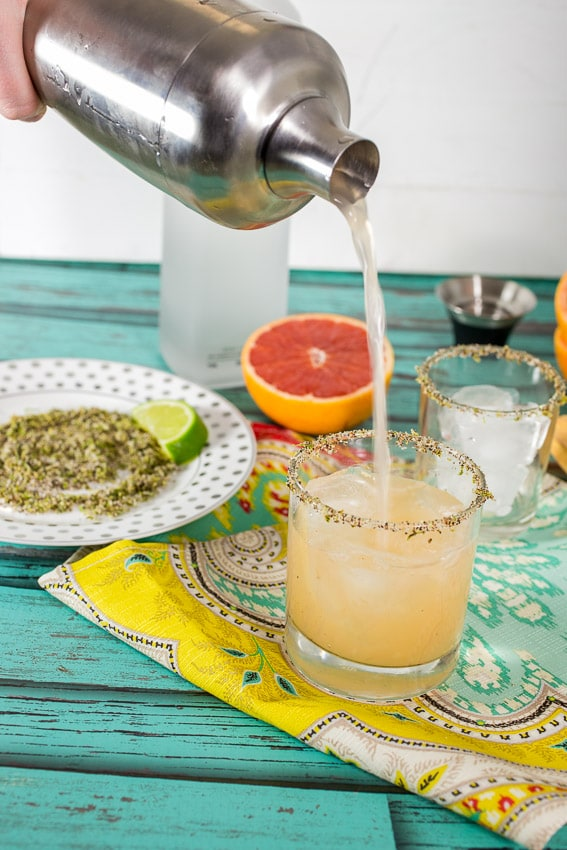 Grapefruit Margarita with Chile Lime Rim | girlinthelittleredkitchen.com