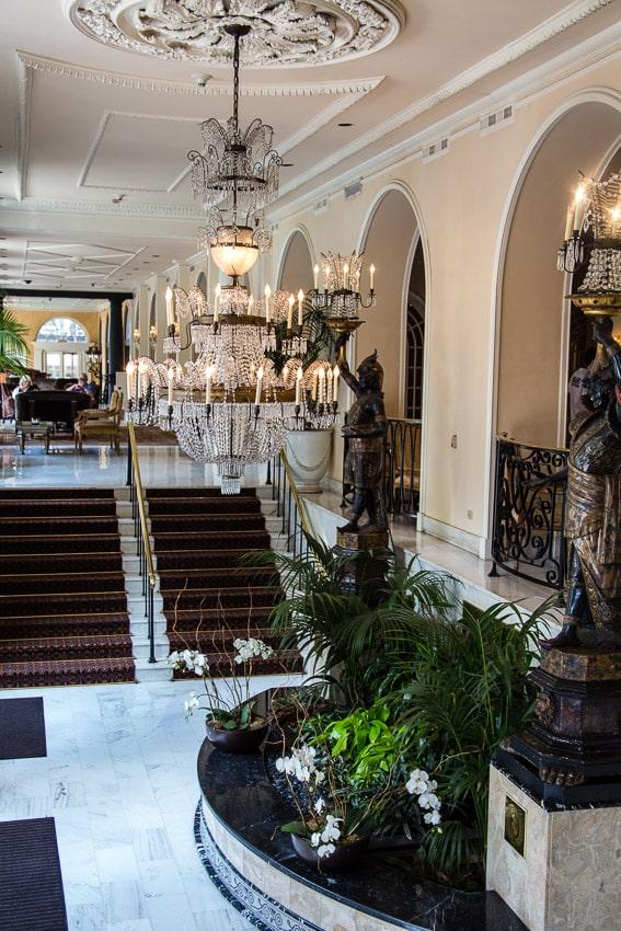 New Orleans Royal Omni Hotel | girlinthelittleredkitchen.com