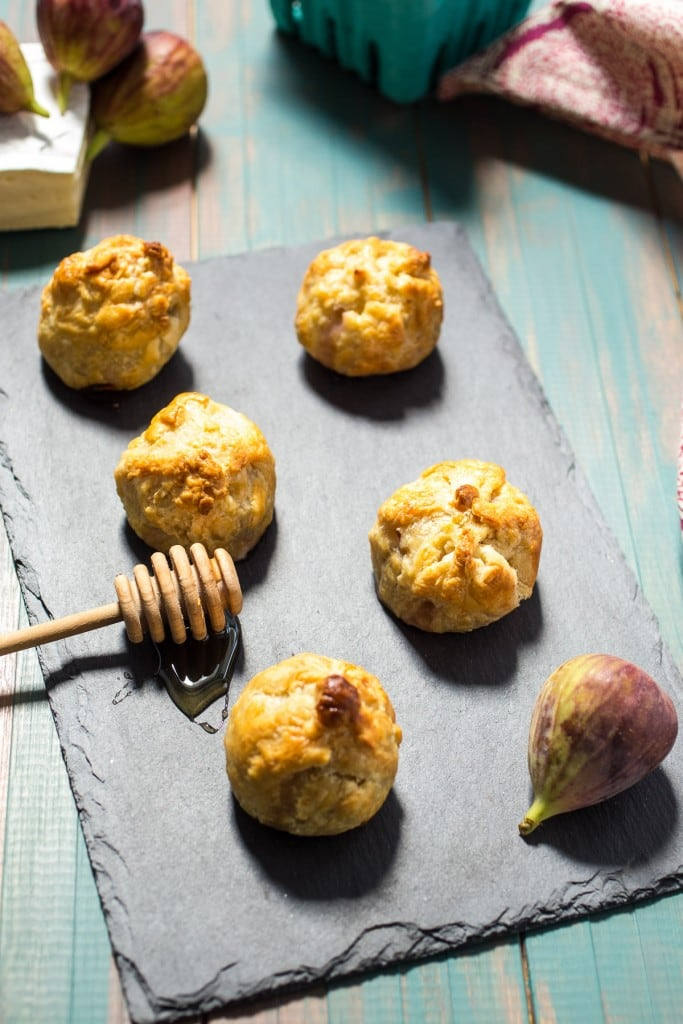 Brie Stuffed Figs Puff Pastry Bites from The Girl In The LIttle Red Kitchen | Easy and fresh appetizer bites full of brie and fresh figs with a crunchy puff pastry shell.
