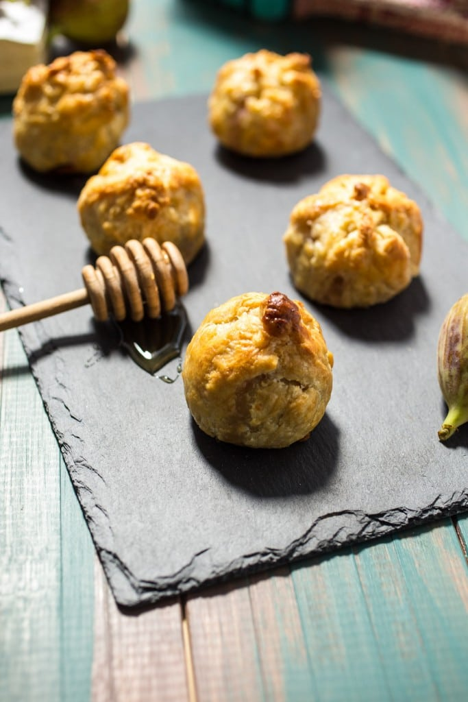 Brie Stuffed Figs Puff Pastry Bites | girlinthelittleredkitchen.com