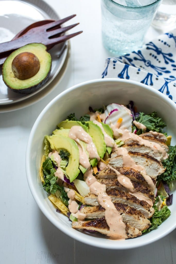 Spicy Southwest Chicken Avocado Salad | girlinthelittleredkitchen.com