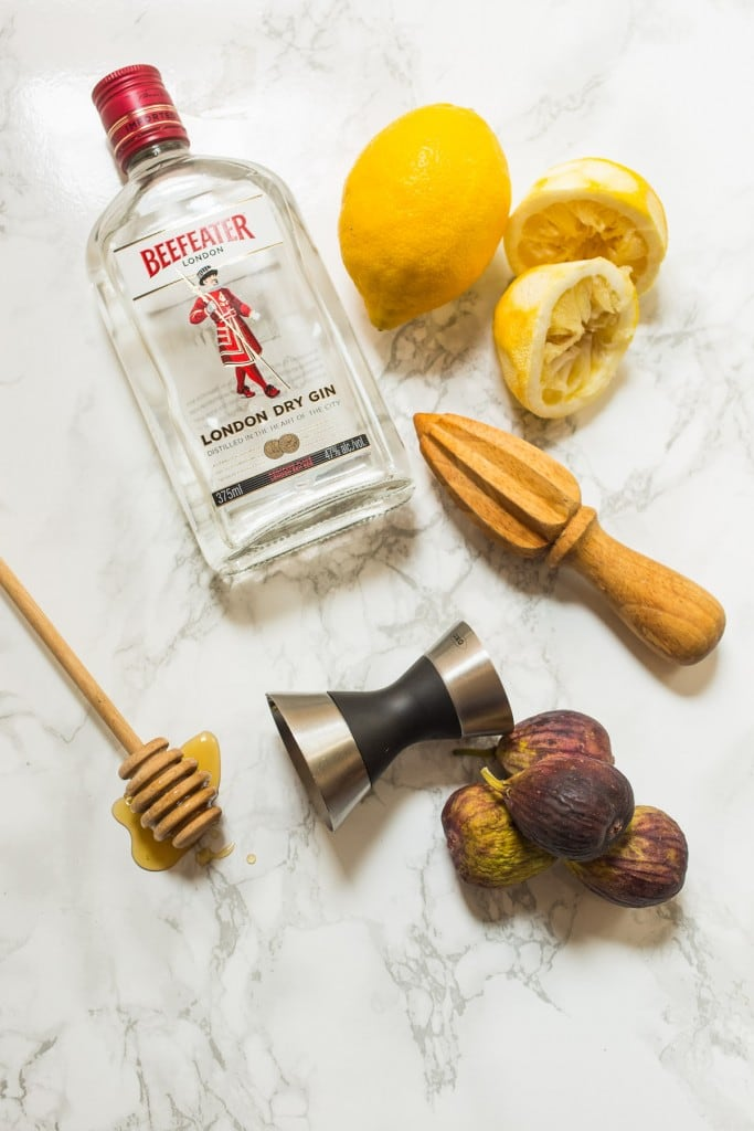Fig Bees Knees Cocktail | girlinthelittleredkitchen.com