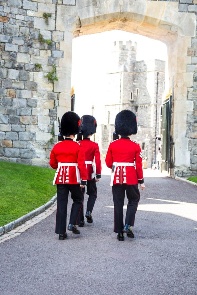 Changing of the Guard Windsor Castle | girlinthelittleredkitchen.com