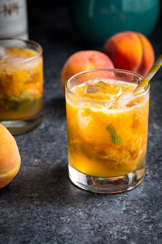 Peach Pimm's | girlinthelittleredkitchen.com