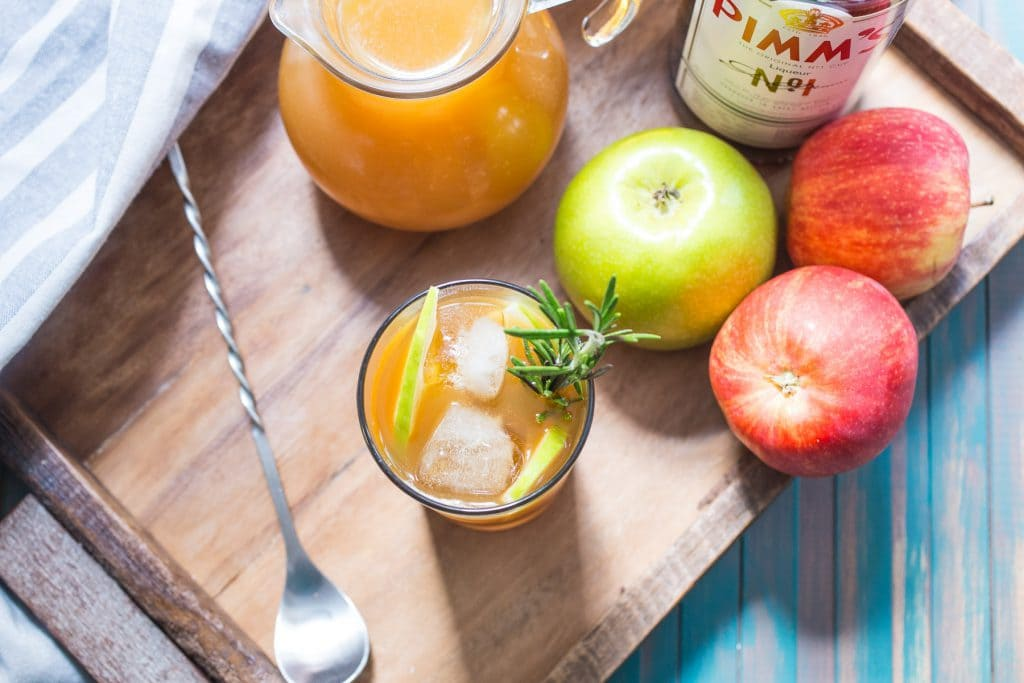 Autumn Pimm's Cup | girlinthelittleredkitchen.com