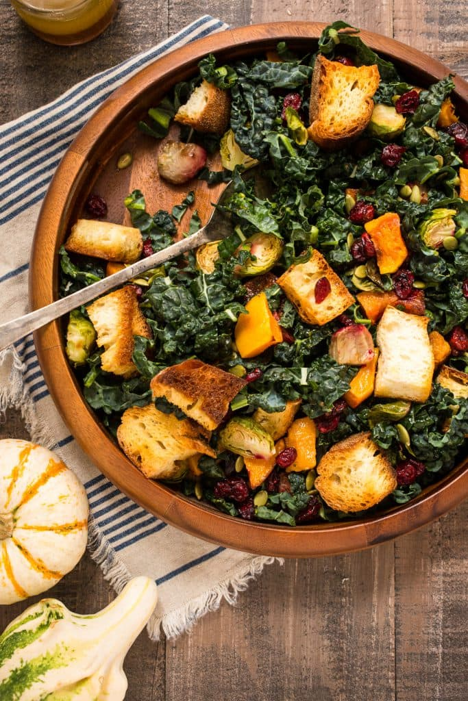 Autumn Panzanella Salad | girlinthelittleredkitchen.com
