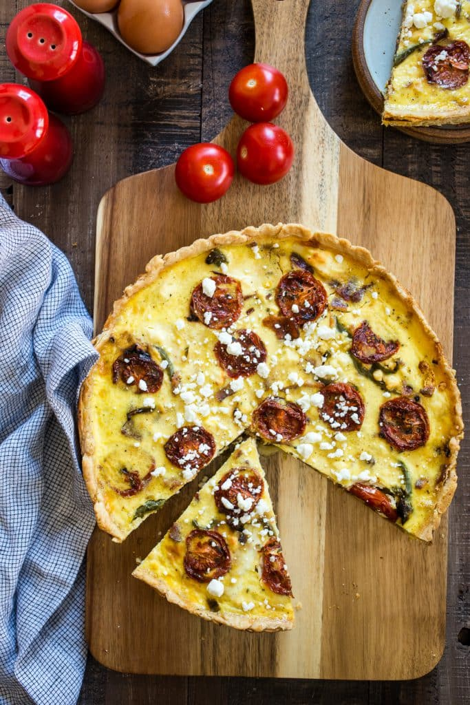 Greek Quiche | girlinthelittleredkitchen.com