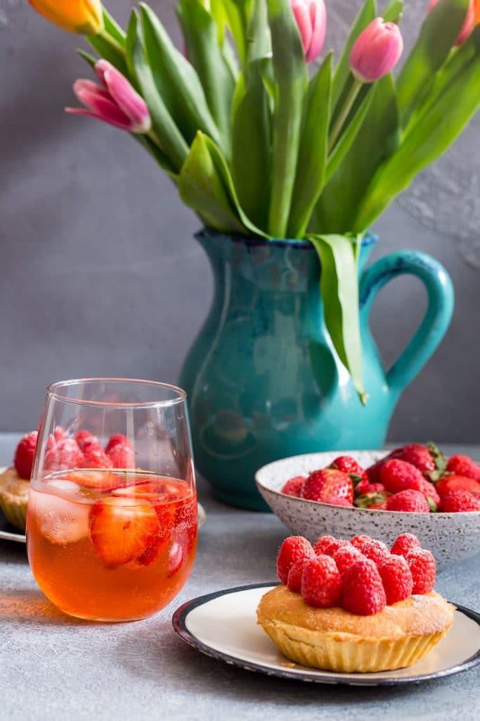 Rosé Aperol Spritz | girlinthelittleredkitchen.com