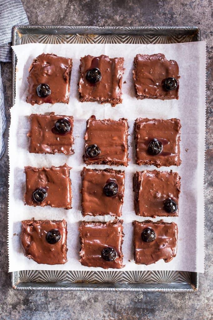 Manhattan Cocktail Brownies | girlinthelittleredkitchen.com