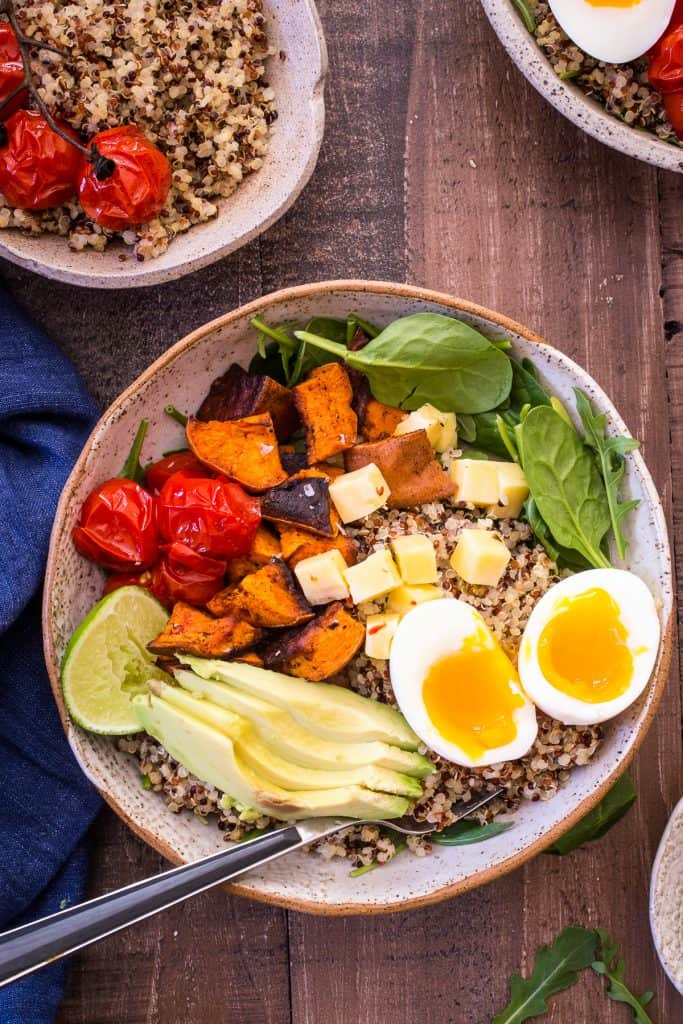 Southwest Inspired Quinoa Breakfast Bowl
